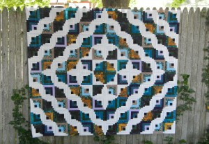 Made in 2 days on a rainy vacation - great quilt!